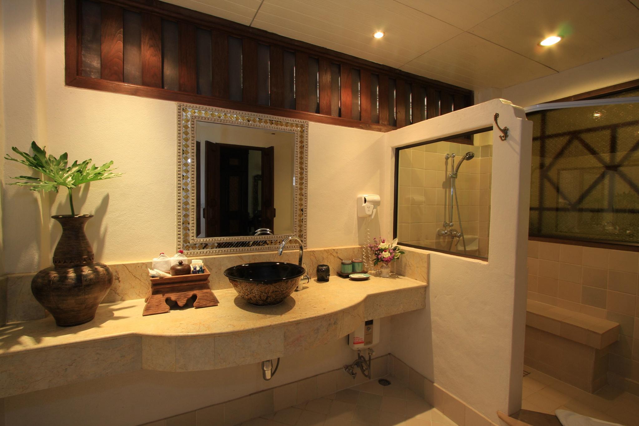 Bath Room Superior